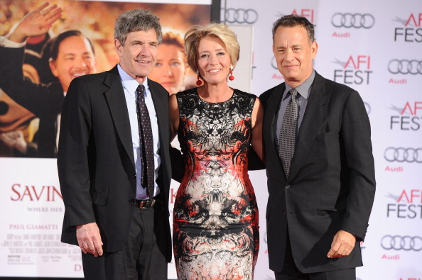 Mann Theaters「Emma Thompson Immortalized With Hand And Footprint Ceremony」:写真・画像(7)[壁紙.com]