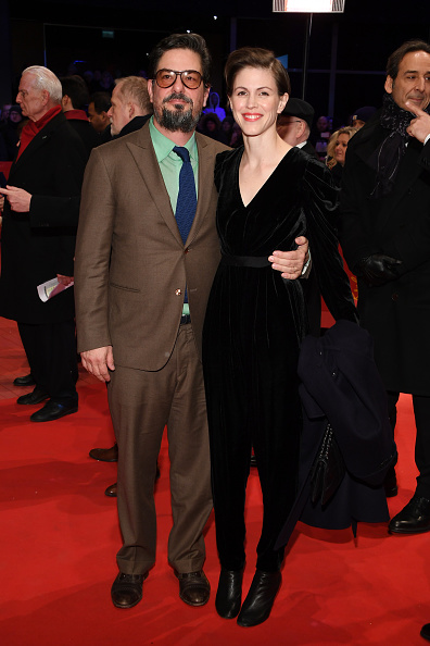 Black Coat「Opening Ceremony & 'Isle of Dogs' Premiere Red Carpet - 68th Berlinale International Film Festival」:写真・画像(8)[壁紙.com]