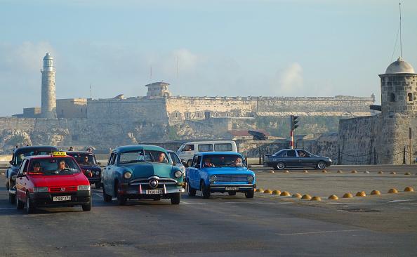 Fumes「Morning traffic, Havana」:写真・画像(18)[壁紙.com]