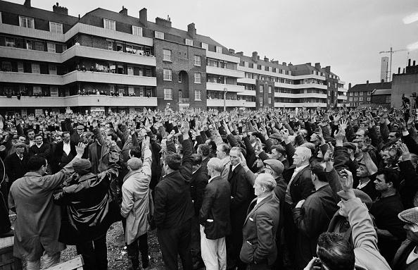 Crisis「London Dockers' Strike」:写真・画像(11)[壁紙.com]
