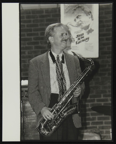 Brick Wall「Tenor saxophonist Scott Hamilton at The Fairway, Welwyn Garden City, Hertfordshire, August 1997. Artist: Denis Williams」:写真・画像(5)[壁紙.com]