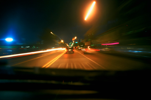 Motor Racing Track「blurred view of traffic and lights at night」:スマホ壁紙(17)