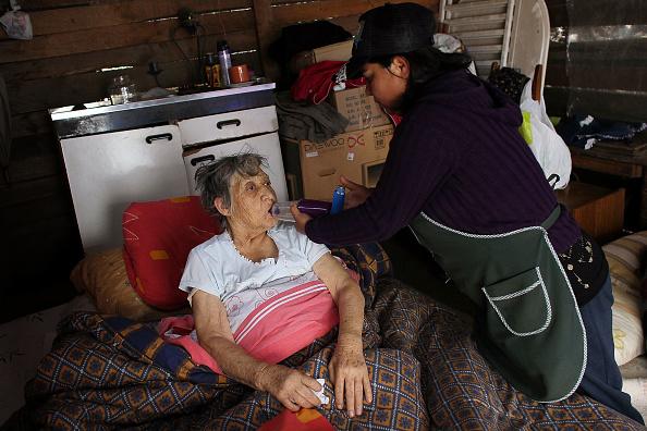 Bedroom「Chile Faces Major Destruction After Massive 8.8 Earthquake」:写真・画像(3)[壁紙.com]