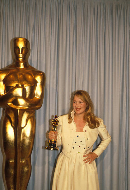 Meryl Streep Receives An Oscar:ニュース(壁紙.com)