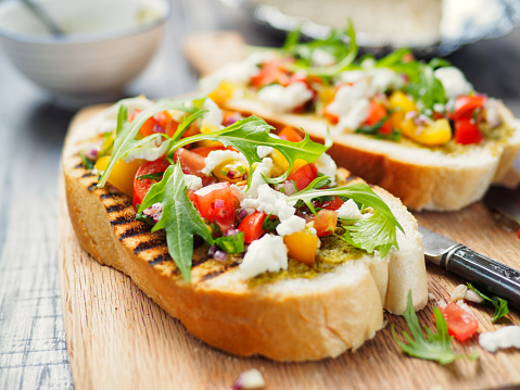 Savory Food「Bruschetta with tomato and rocket」:スマホ壁紙(4)