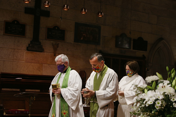 Human Head「Sunday Church Services Resume In Sydney As NSW COVID-19 Restrictions Are Eased」:写真・画像(1)[壁紙.com]
