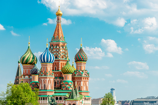 Cathedral「Saint Basil Cathedral Moscow in Summer Copy Space Russia」:スマホ壁紙(6)