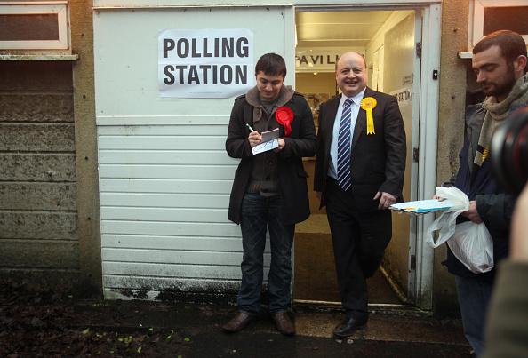 Christopher Furlong「Oldham And Saddleworth By-Election Count」:写真・画像(18)[壁紙.com]