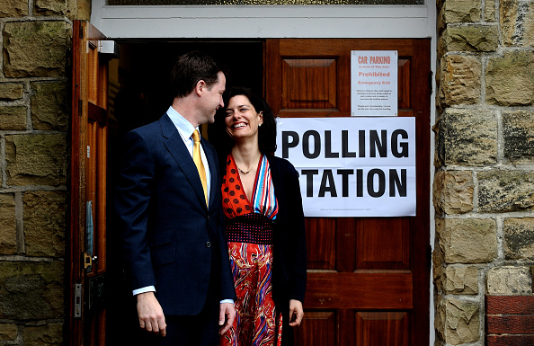 Methodist「Nick And Miriam Clegg Cast Their Vote In The 2010 General Election」:写真・画像(15)[壁紙.com]