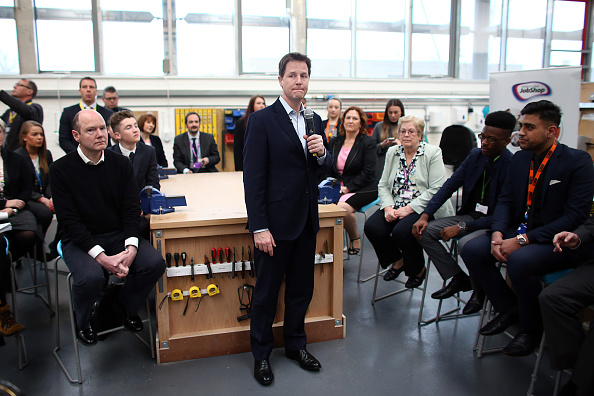 Mid Adult「Nick Clegg Campaigns In Maidstone And Carshalton」:写真・画像(9)[壁紙.com]