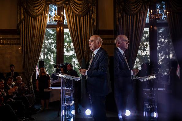 Dan Kitwood「Vince Cable Launches Liberal Democrat Reform Proposals」:写真・画像(10)[壁紙.com]