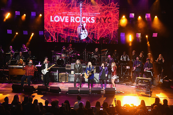 ハート「Third Annual Love Rocks NYC Benefit Concert For God's Love We Deliver」:写真・画像(6)[壁紙.com]