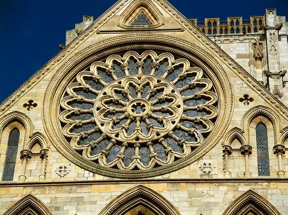 Anglican「Rose window, York Minster, North Yorkshire, c2000s(?)」:写真・画像(15)[壁紙.com]