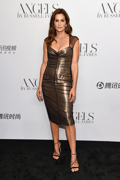 """Book Release「Cindy Crawford And Candice Swanepoel Host """"ANGELS"""" By Russell James Book Launch And Exhibit - Arrivals」:写真・画像(4)[壁紙.com]"""