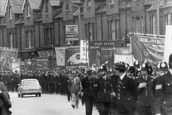 Monty Fresco「Grunwick March」:写真・画像(11)[壁紙.com]
