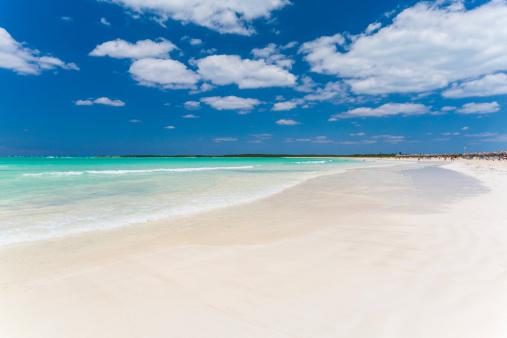 波「White sand beach, Cuba」:スマホ壁紙(13)