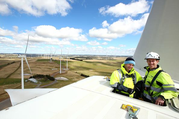Technician「General Views Of Taralga Wind Farm」:写真・画像(3)[壁紙.com]