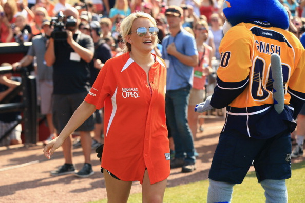 Jamie Lynn Spears「City of Hope Celebrity Softball Game at CMA Festival - Game」:写真・画像(11)[壁紙.com]