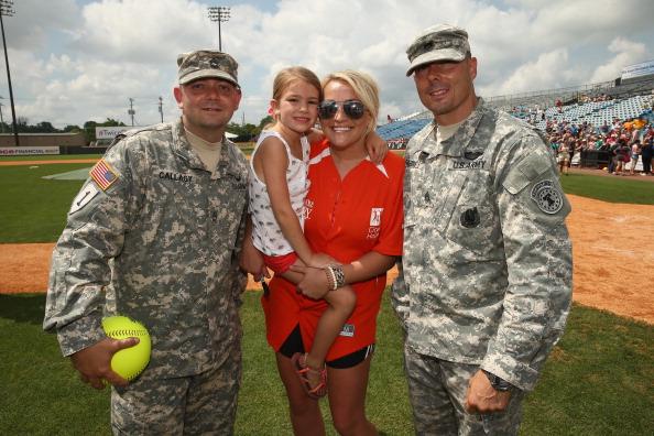 Jamie Lynn Spears「City of Hope Celebrity Softball Game at CMA Festival - Game」:写真・画像(17)[壁紙.com]