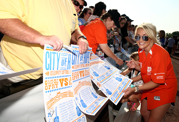 Jamie Lynn Spears「City of Hope Celebrity Softball Game at CMA Festival - Arrivals」:写真・画像(18)[壁紙.com]