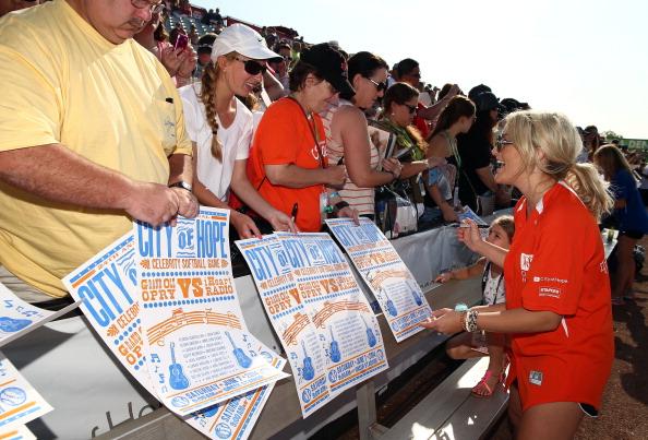 Jamie Lynn Spears「City of Hope Celebrity Softball Game at CMA Festival - Arrivals」:写真・画像(8)[壁紙.com]