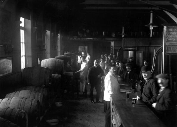 Beer - Alcohol「Biggest Bar」:写真・画像(9)[壁紙.com]
