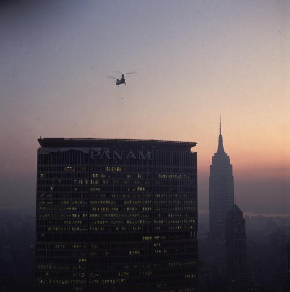 skyscraper「Landing On The Roof」:写真・画像(13)[壁紙.com]