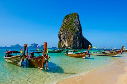 Moored「Thailand, Railay beach, Hat Tham Phra Nang beach」:スマホ壁紙(18)