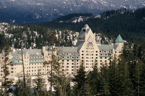 スノーボード「Hotel in mountains, Whistler Mountain Resort, Canada」:スマホ壁紙(11)