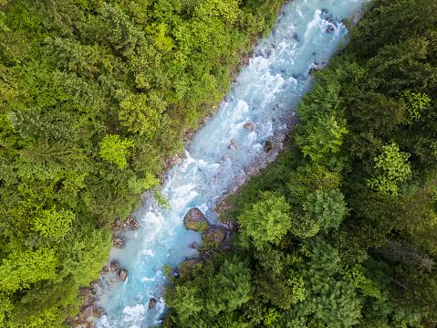 Salzkammergut「Whitewater River in a green spring forest (Steyr, Upper Austria)」:スマホ壁紙(15)