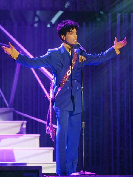 Purple「46th Annual Grammy Awards - Show」:写真・画像(6)[壁紙.com]
