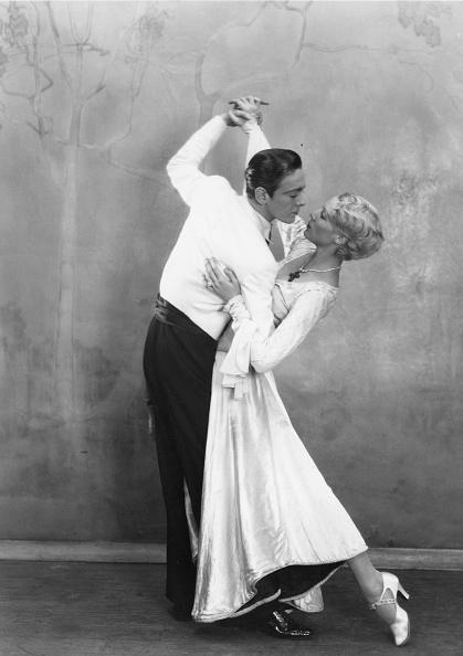 Couple - Relationship「Dancers」:写真・画像(5)[壁紙.com]