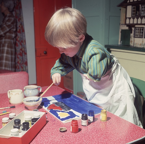 Disability「Painting At Home」:写真・画像(18)[壁紙.com]