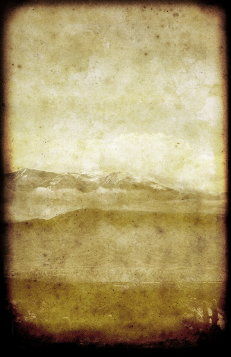 Sepia Toned「Lonely Mountains Landscape Card」:スマホ壁紙(16)
