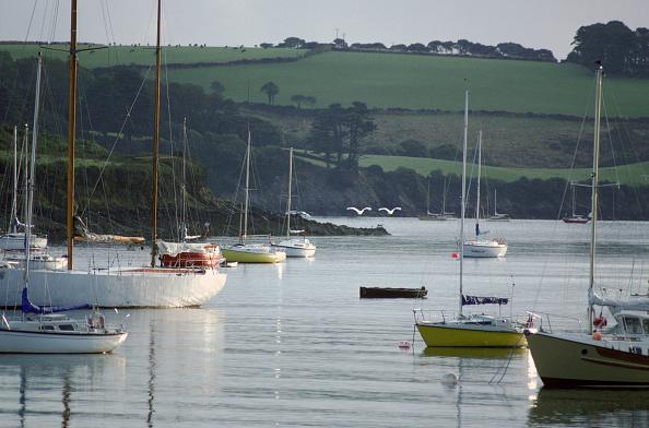 静かな情景「Boats, Helford River, Cornwall, UK」:写真・画像(16)[壁紙.com]