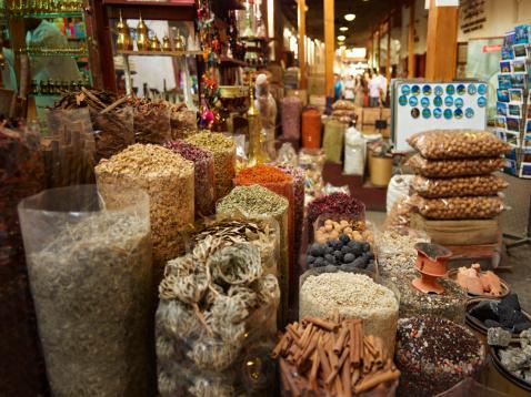 Market Stall「Spice market in old Dubai」:スマホ壁紙(4)