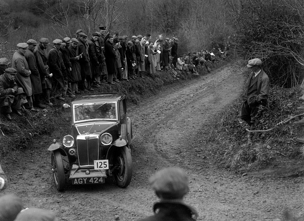 Country Road「MG Magna of ASR Payne competing in the MCC Lands End Trial, 1935」:写真・画像(15)[壁紙.com]