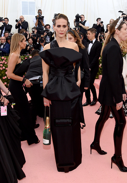 Tied Bow「The 2019 Met Gala Celebrating Camp: Notes on Fashion - Arrivals」:写真・画像(9)[壁紙.com]
