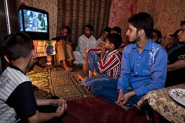 Cricket Fans In Lahore:ニュース(壁紙.com)