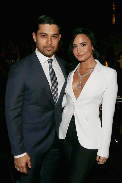 Demi Lovato「The 58th GRAMMY Awards - Backstage And Audience」:写真・画像(1)[壁紙.com]