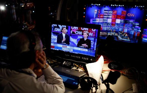 Super Tuesday「Democratic Presidential Candidates Debate In Los Angeles」:写真・画像(2)[壁紙.com]