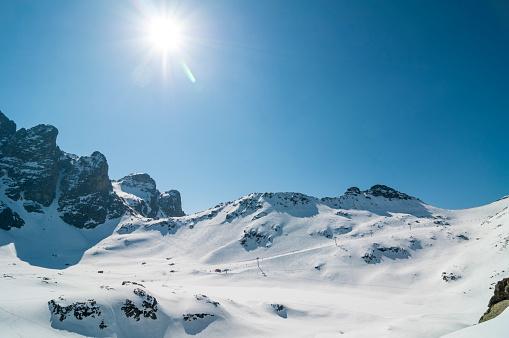 グルノーブル「High mountain lanscape with sun」:スマホ壁紙(3)