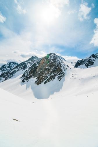 La Grave「High Mountain Landscape in Sunny Day」:スマホ壁紙(4)