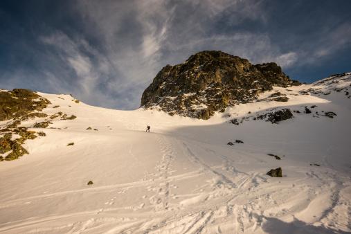 ラグラーブ「高い山の景観に晴れた日」:スマホ壁紙(1)
