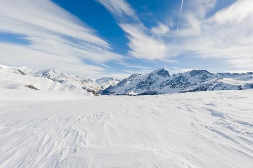 雪山「高い山の景観に晴れた日」:スマホ壁紙(14)