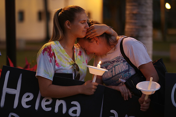 USA「First Funerals Held For Victims Of Parkland, FL High School Shooting」:写真・画像(14)[壁紙.com]