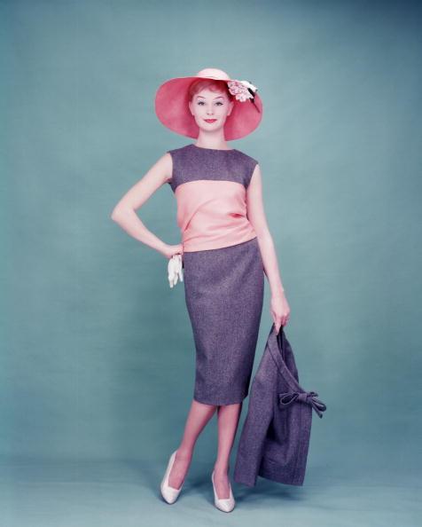 1950~1959年「New Dior Dress」:写真・画像(17)[壁紙.com]
