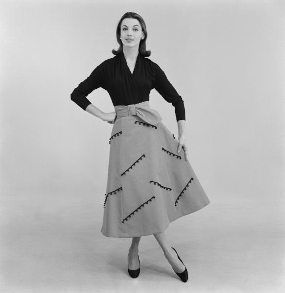 Skirt「Jane Taylor Outfit」:写真・画像(19)[壁紙.com]