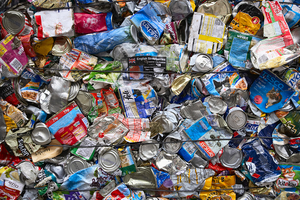 Full Frame「Compacted metal recycling」:写真・画像(2)[壁紙.com]
