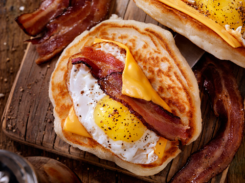 Enchilada「Pancake Breakfast Taco with Suny side up Eggs, Bacon, Cheese」:スマホ壁紙(17)